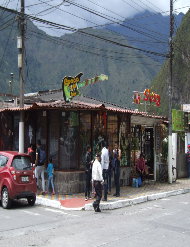 Banos De Epoca.Epoca Grill Bar Karaoke Bares Banos Tungurahua Ecuador